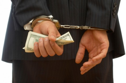 70% of Mideast frauds by insiders; Most are committed by graduate degree holders