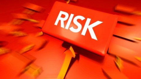 Four Reasons Your Small Business Needs Risk Management