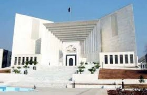 Govt delaying compliance with SC order